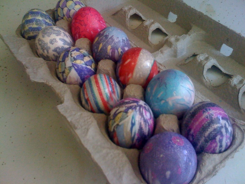 Silk Dyed Eggs in Carton
