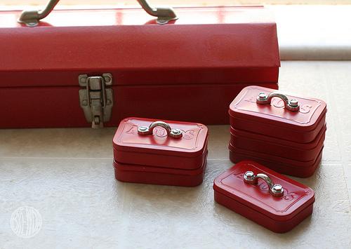 altoid tool box