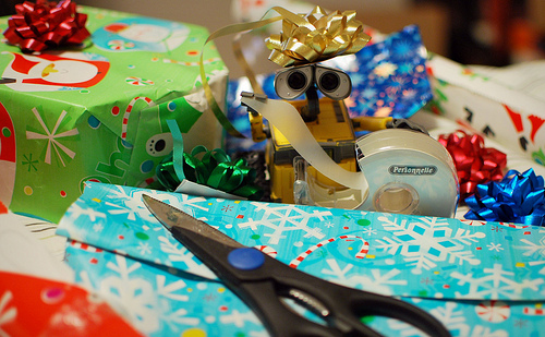 gift wrapping by meddygarnet Flickr CC