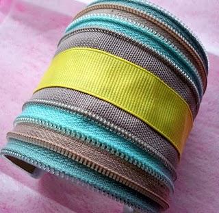 zipper cuff