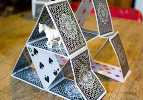 Paper Crafts You Can Make Some Really Great Things Out Of Old Playing Cards