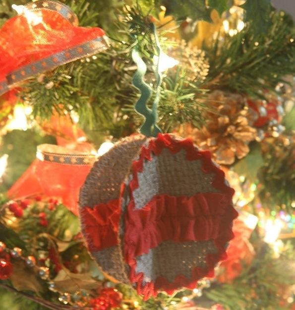 Burlap Ornament Ball