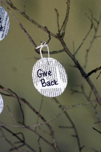 DIY New Year's Eve Goal Tree