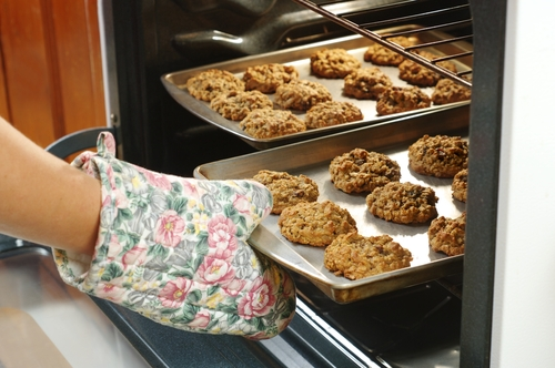 baking oatmeal cookies photo from Shutterstock