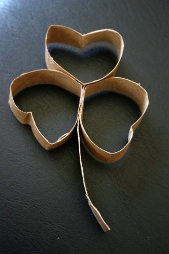 DIY Toilet Paper Roll Shamrock