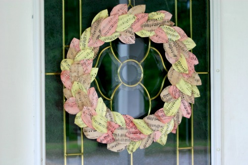 How To: Recycled Paper Wreath for Fall