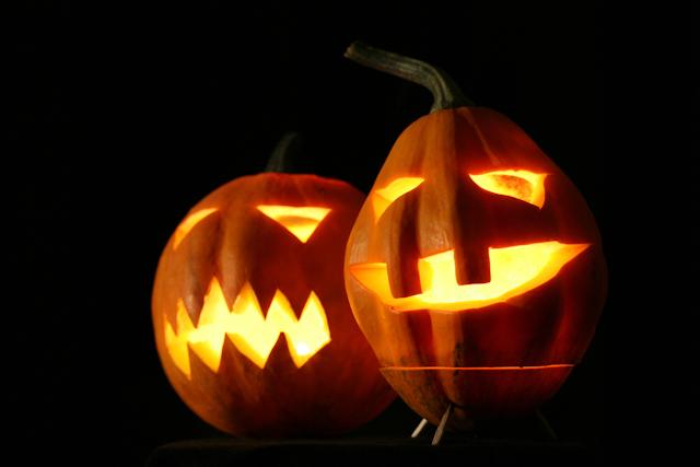 Jack-o-lanterns image via Shutterstock