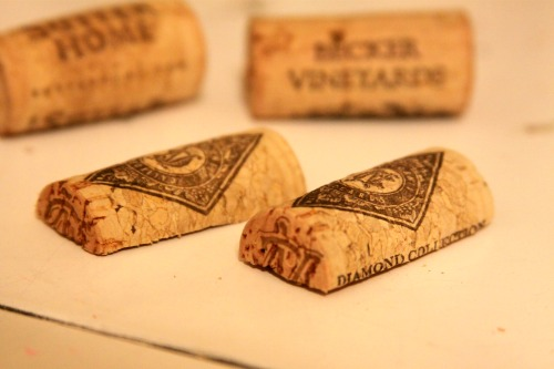 How To: Wine Cork Magnets
