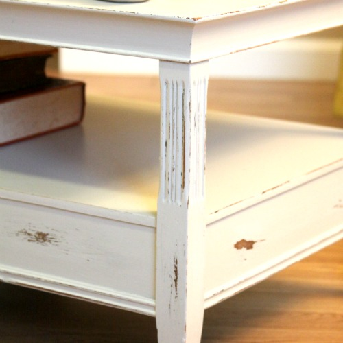 Upcycling Furniture: A Shabby Chic Coffee Table
