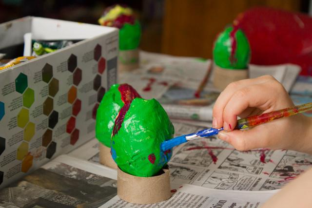 papier mache Easter eggs (1 of 4)