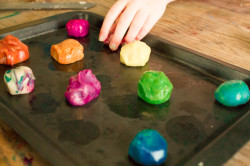 7 Ways to Play with Food