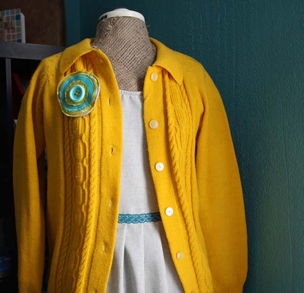 teal grey yellow outfit