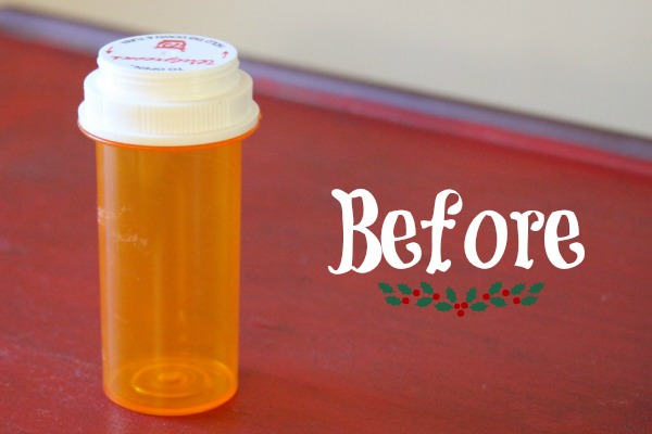 Winter Crafts: Upcycle a Pill Bottle into a Snowman!