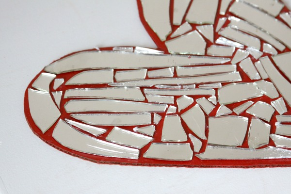 DIY Crafts: Turn a Broken Mirror and Cardboard into Mosaic Art!