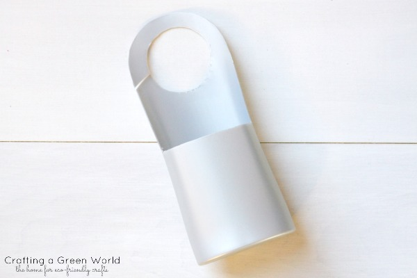 "Valentine's Day Ideas: Turn a Shampoo Bottle into a Door Knob ""Mailbox"""