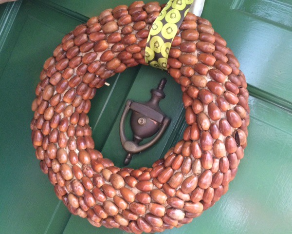 Autumn Craft Idea: Acorn Wreath