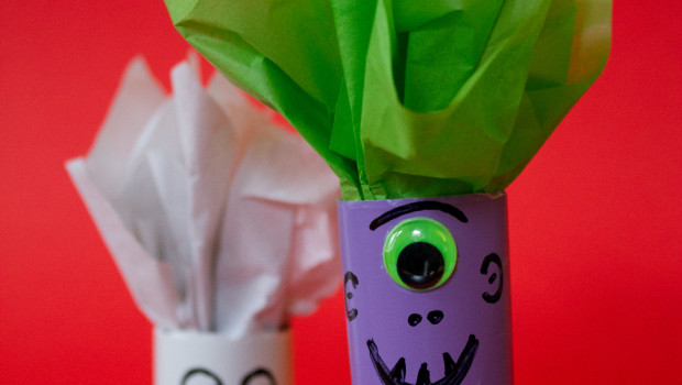 10 Wrapping Paper Crafts to Reuse that Gift Wrap