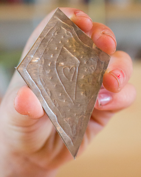 How to Make Embossed Aluminum Pendants