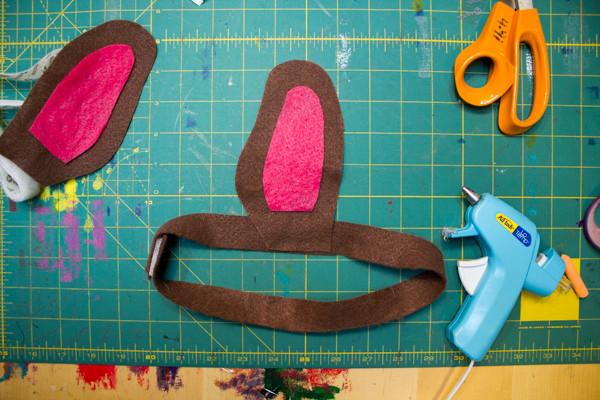 Make a No-Sew Puppy Ears Headband