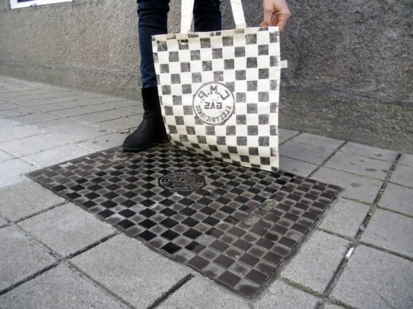 Raubdruckerin Prints from Manhole Covers