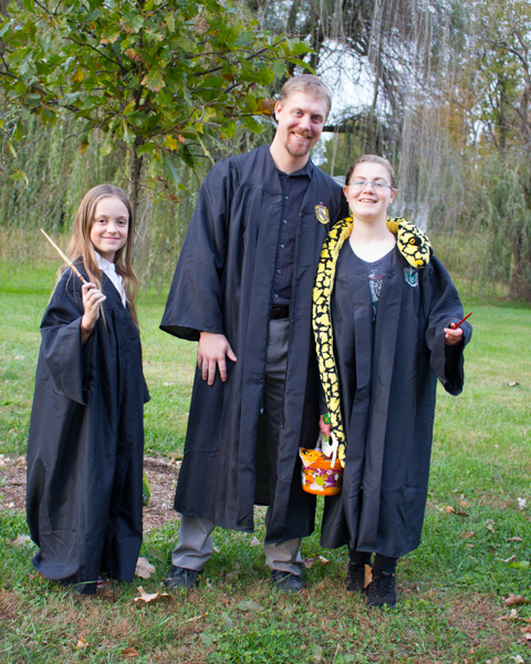 DIY Hogwarts Robe in Under 2 Hours - Crafting a Green World