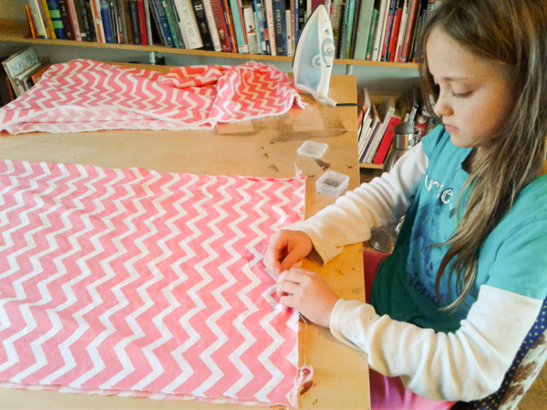 make-two-matching-skirts-from-1-5-yards-of-fabric-094107