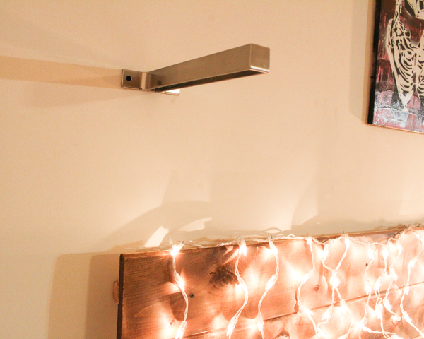 DIY Mason Jar Hanging Light Fixture