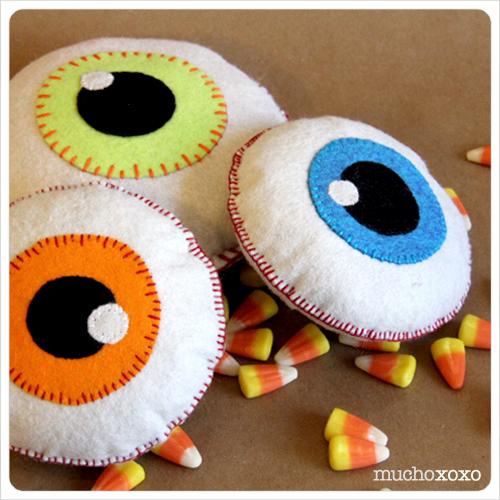 Eyeball Softie from Mucho XOXO